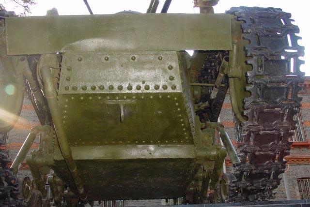 Танк Т-18, гусеница