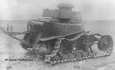 Подбитый танк Т-18