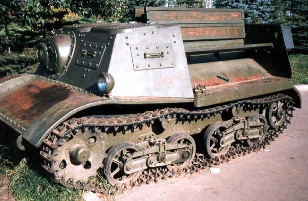 Танк Т-20, вид сбоку