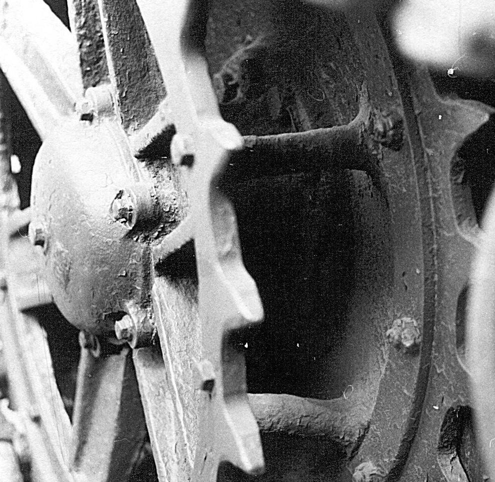 Танк Т-26, колесо крупным планом