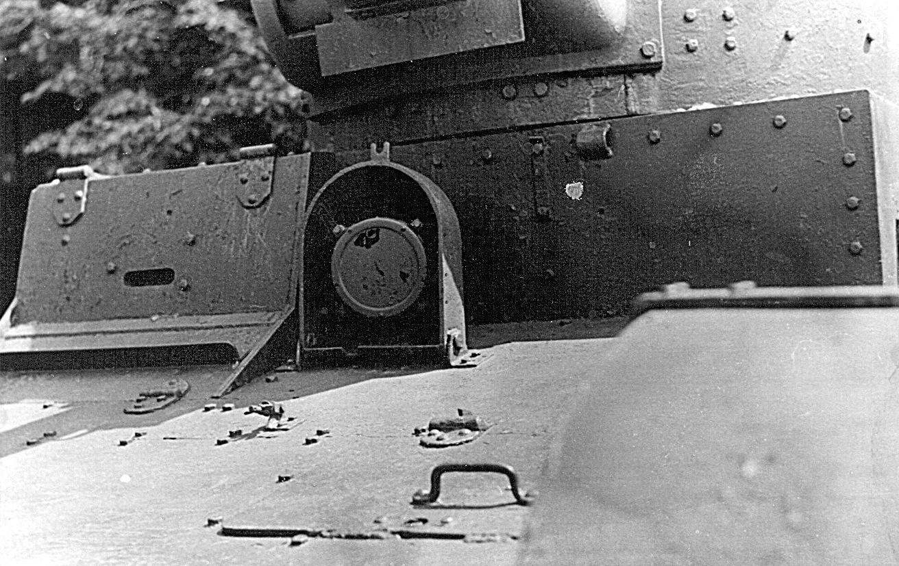 Танк Т-26, фара