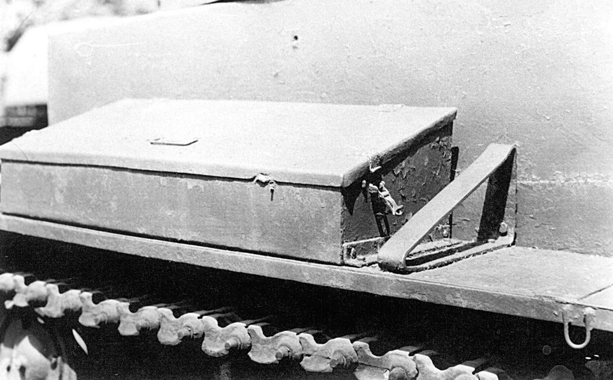 Танк Т-26, ящик для инструментов