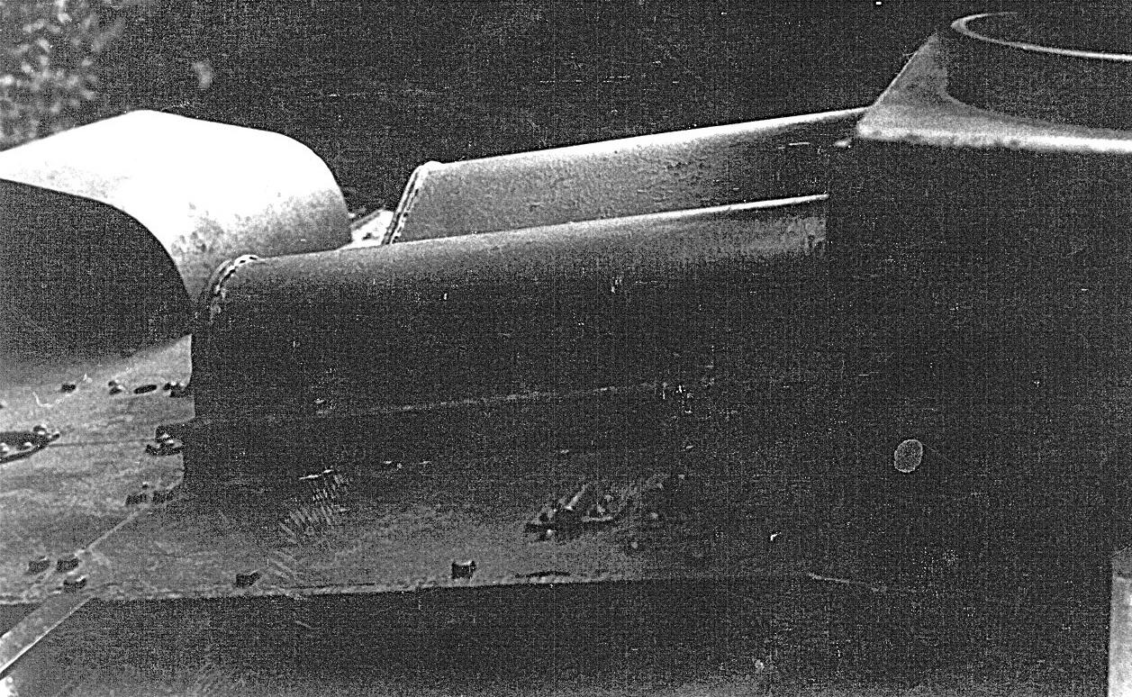 Танк Т-26, бронезащита двигателя