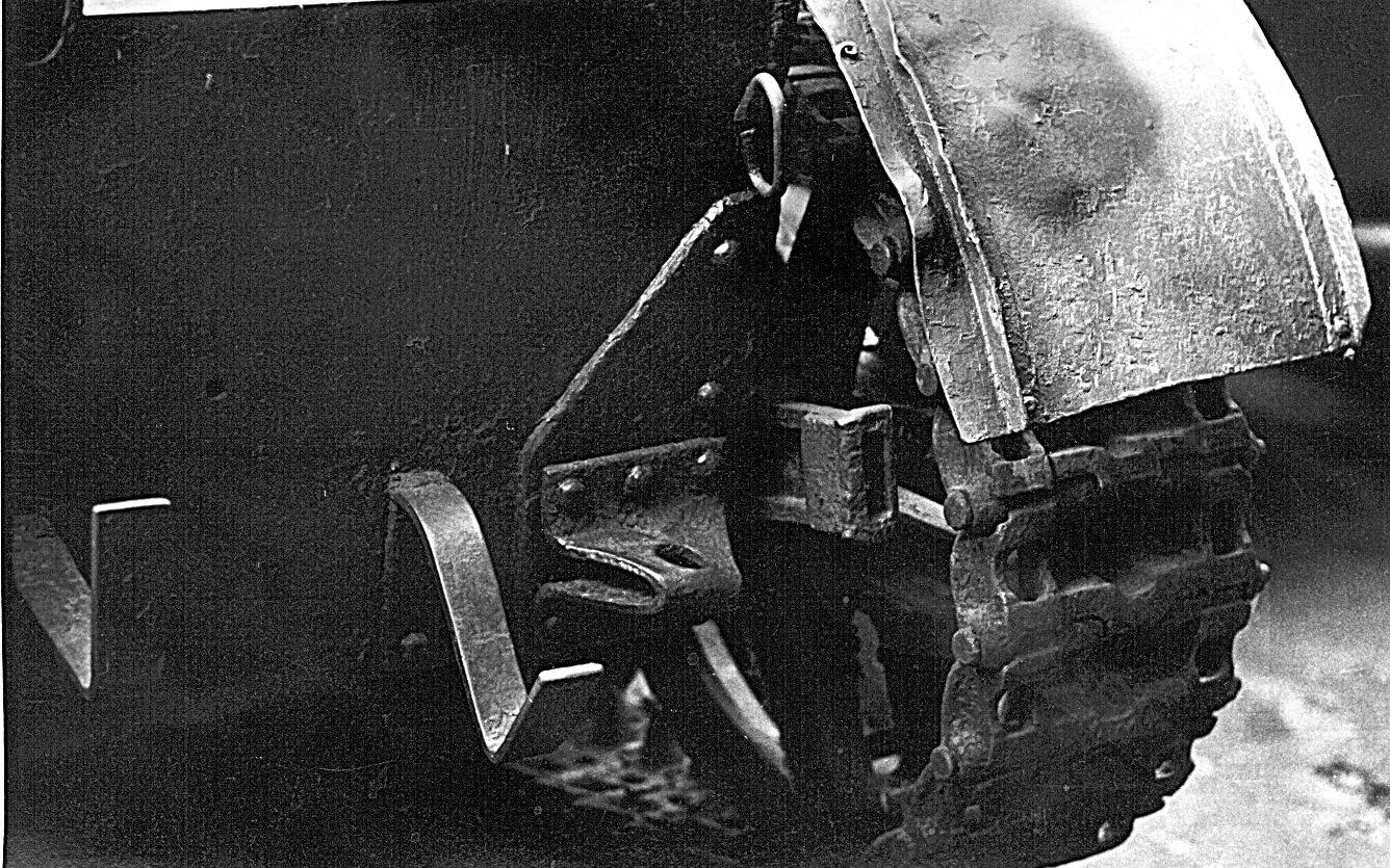 Танк Т-26, крепление ленивца