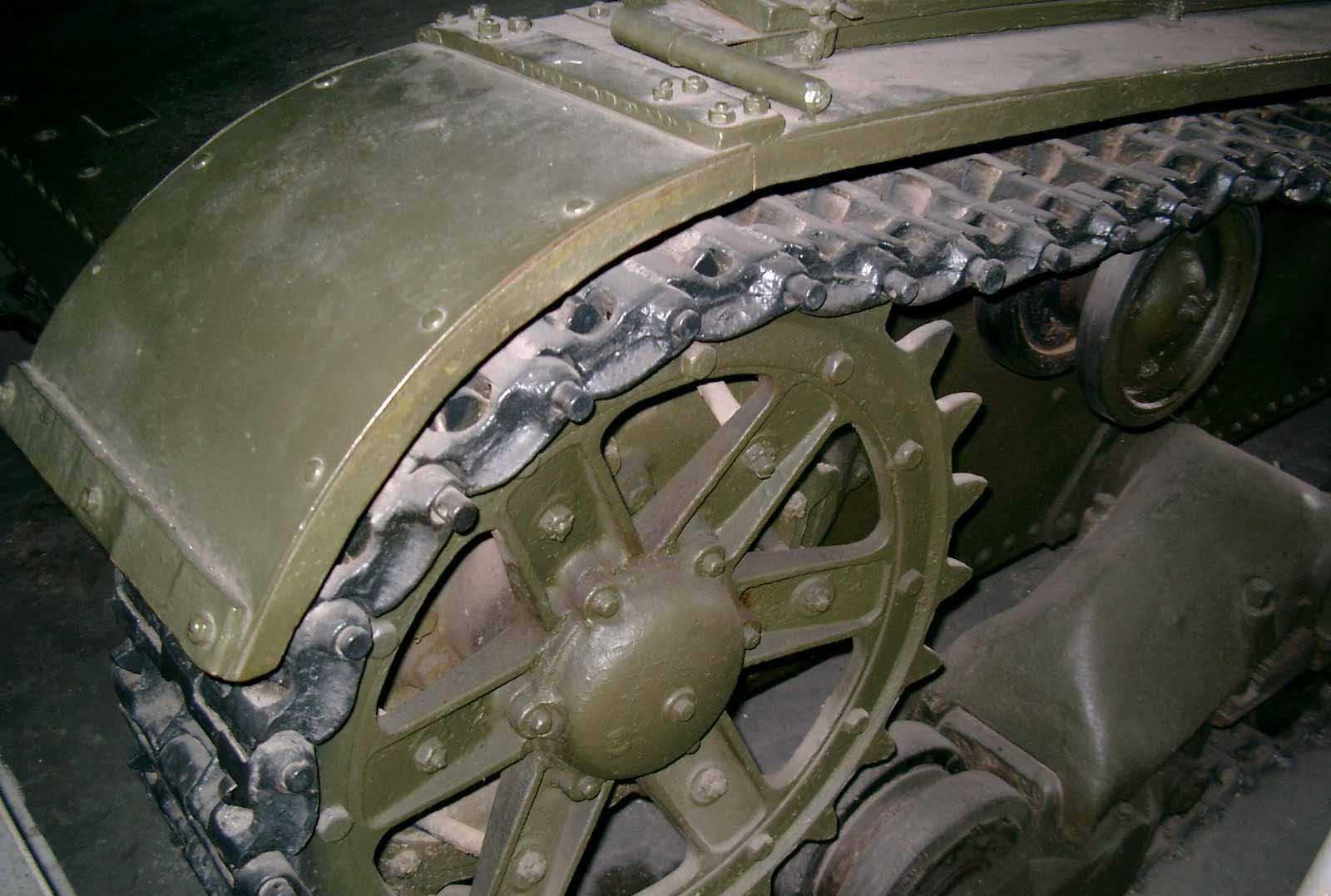 Танк Т-26, колесо