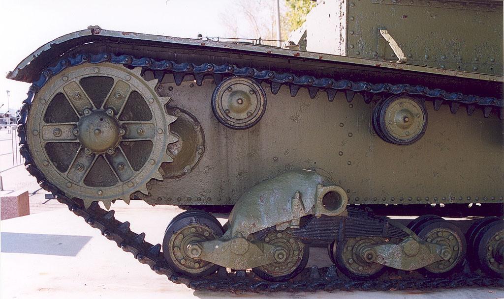 Танк Т-26, гусеница