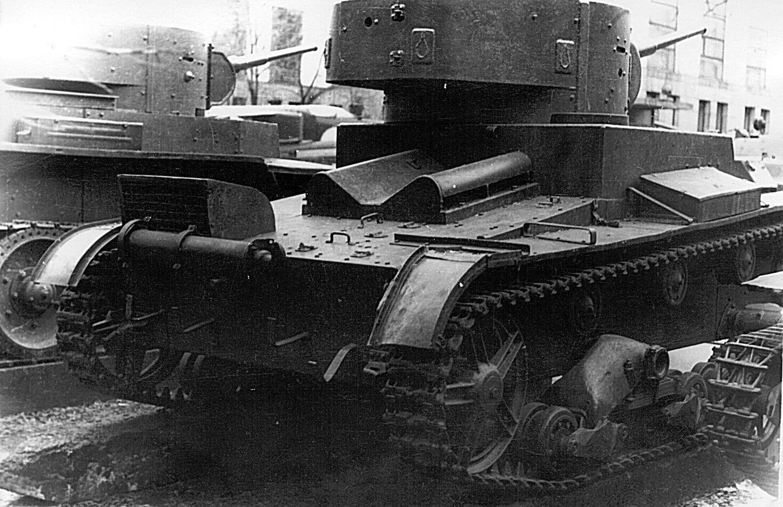 Танк Т-26 в строю
