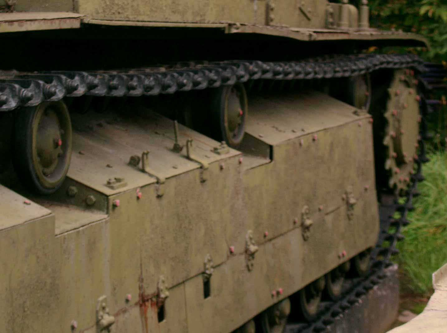Танк Т-28, поддерживающие катки