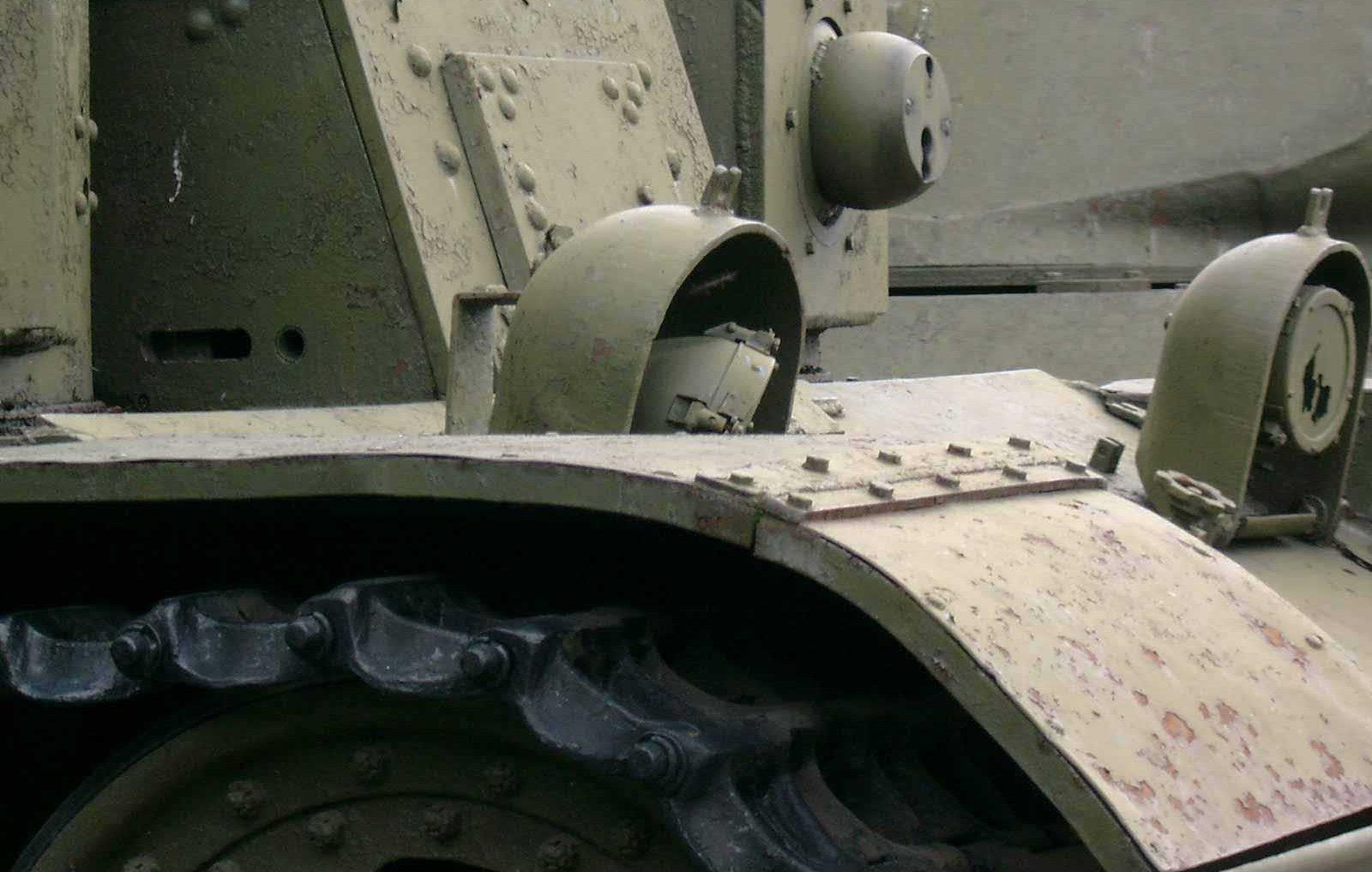 Танк Т-28, фары танка