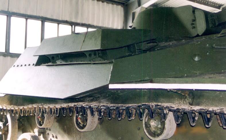 Танк Т-30, ящик с инструментами