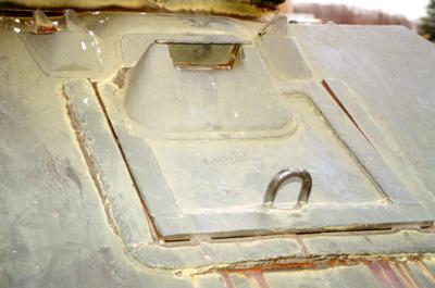 Танк Т-34/76, люк водителя