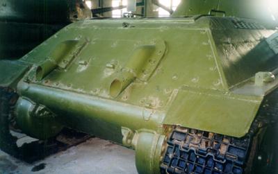 Танк Т-34/76, выхлопные трубы