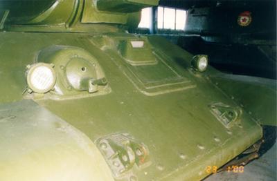 Танк Т-34/76, буксировочные крюки