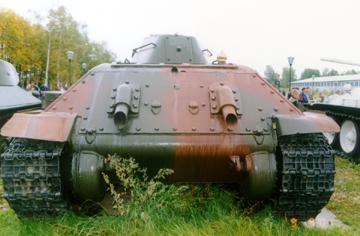 Танк Т-34/76, вид сзади
