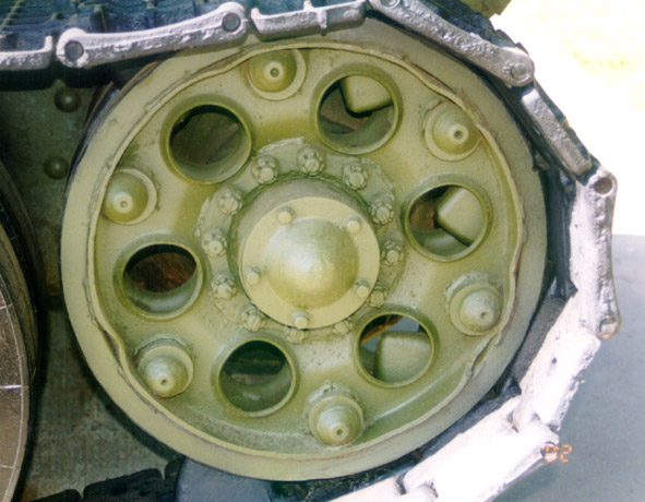 Танк Т-34/76, правый ленивец