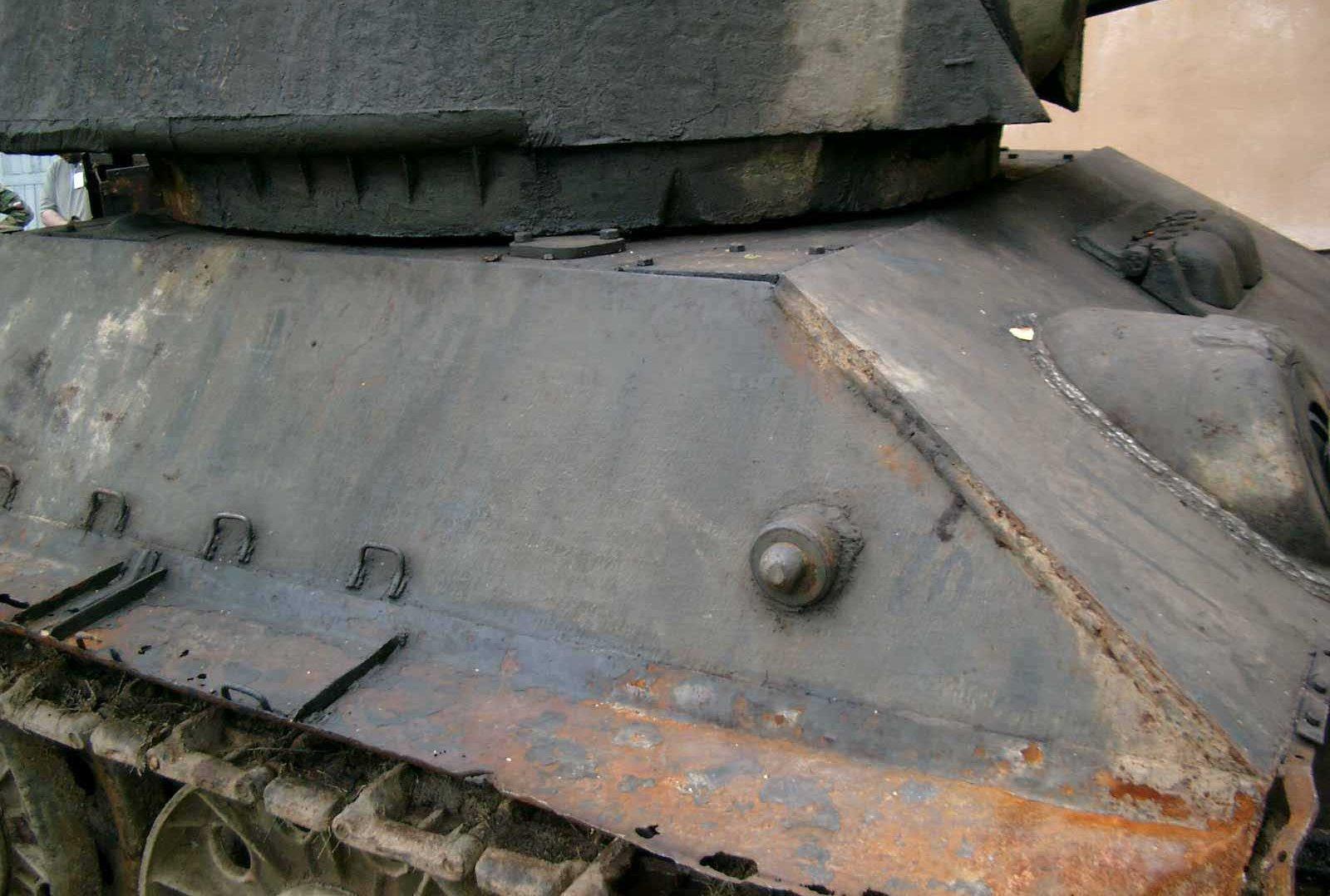 Танк Т-34/76, стык башни и корпуса