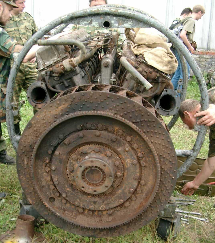 Танк Т-34/76, двигатель