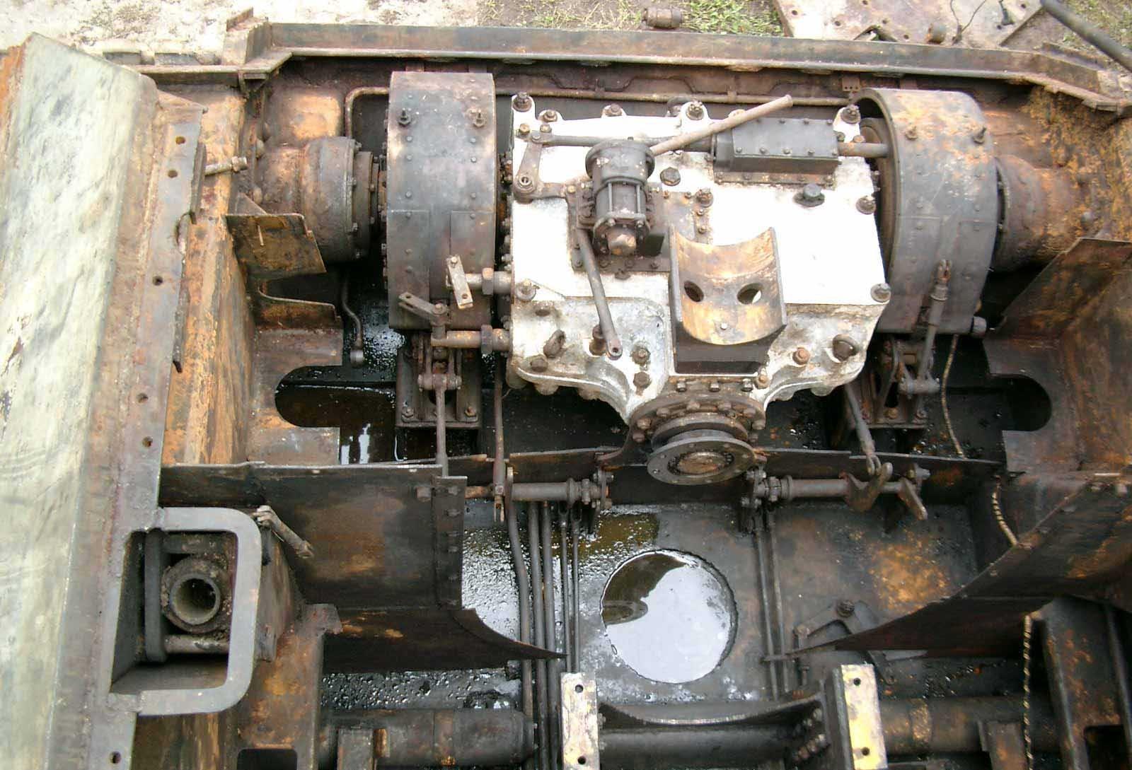 Танк Т-34/76, коробка передач