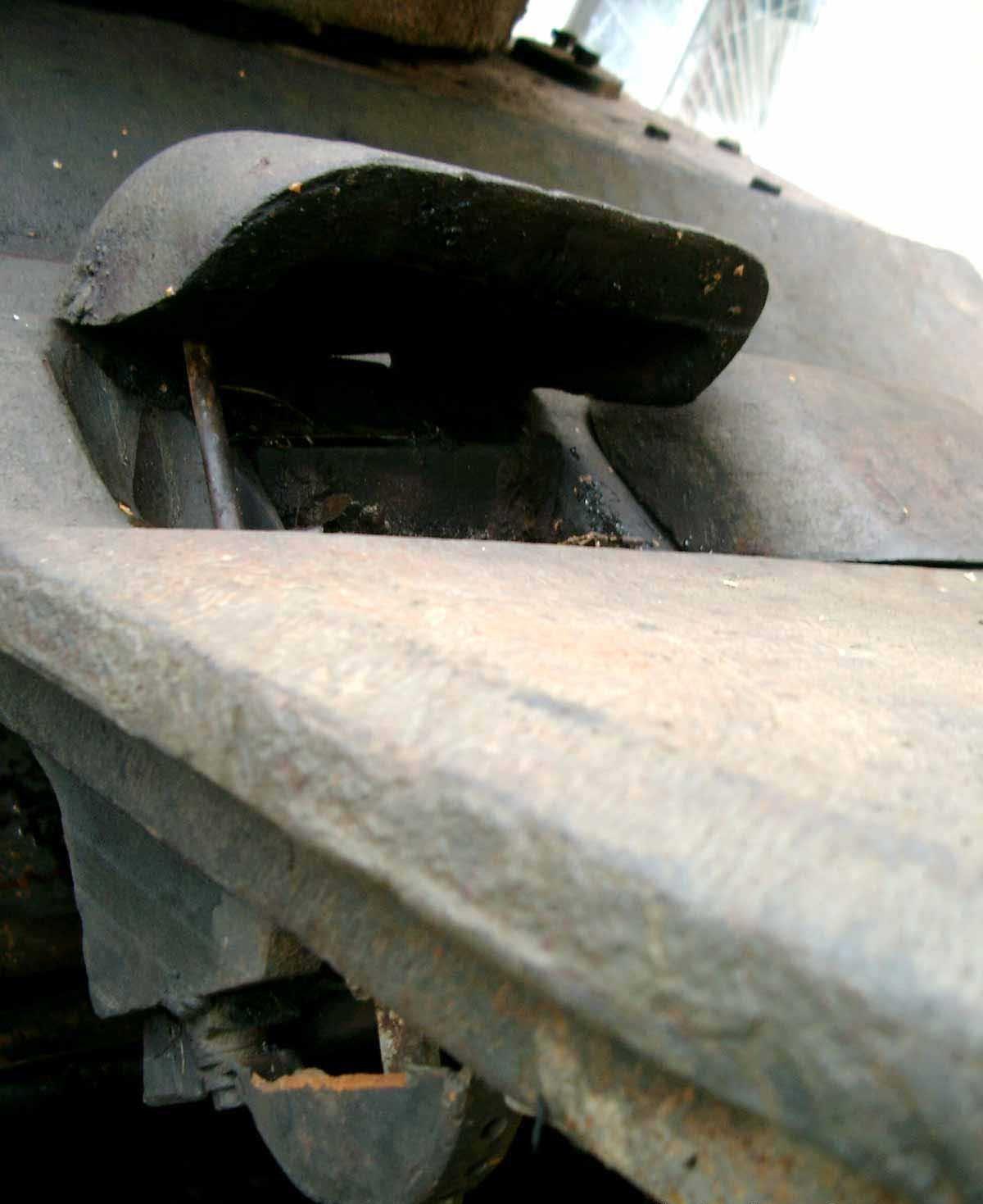 Танк Т-34/76, смотровая щель