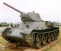 танк Т-34/76 на постаменте