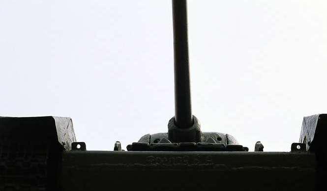 Танк Т-34/85, вид снизу спереди
