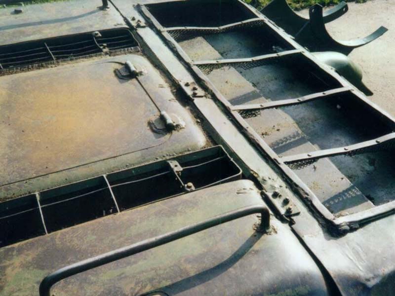 Танк Т-34/85, крышка моторного отсека