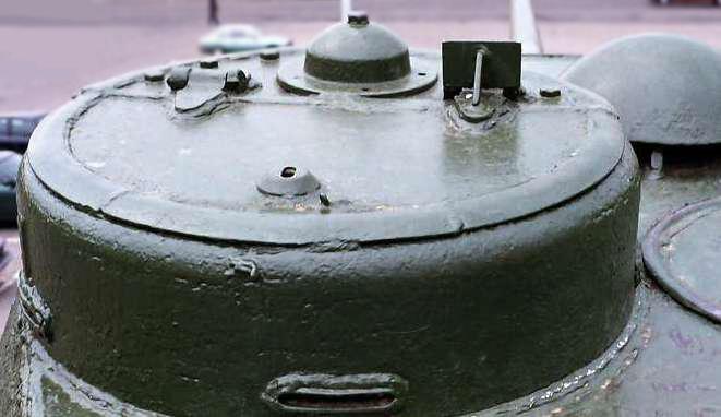 Танк Т-34/85, вид на командирскую башенку