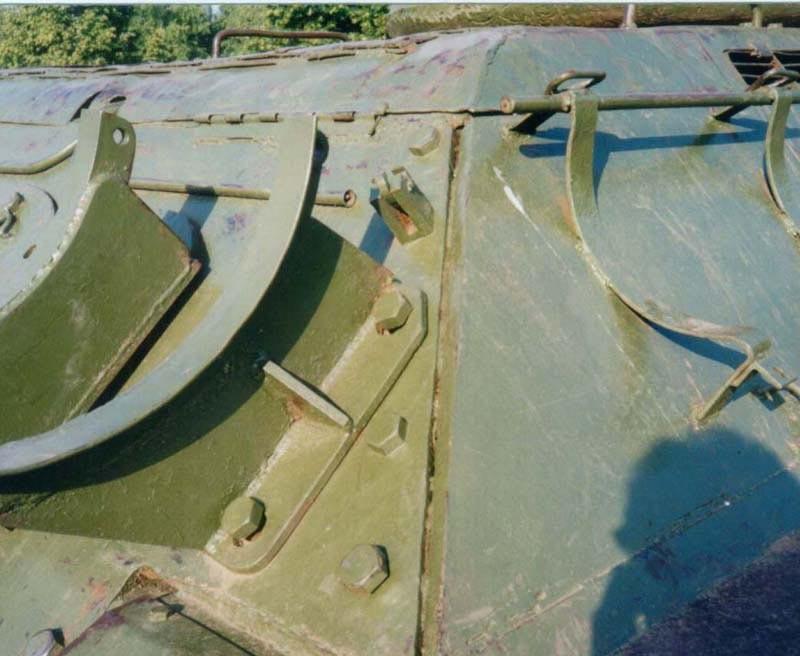 Танк Т-34/85, задний стык броневых листов