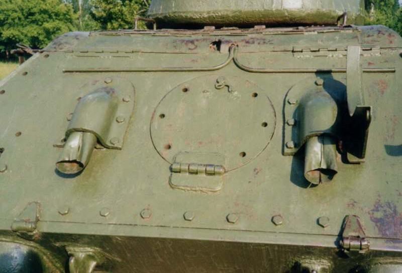 Танк Т-34/85, задний люк