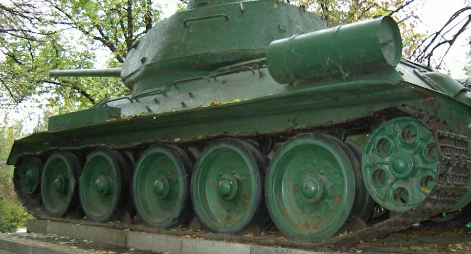Танк Т-34/85, топливный бак