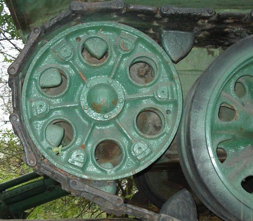 Танк Т-34/85, колесо