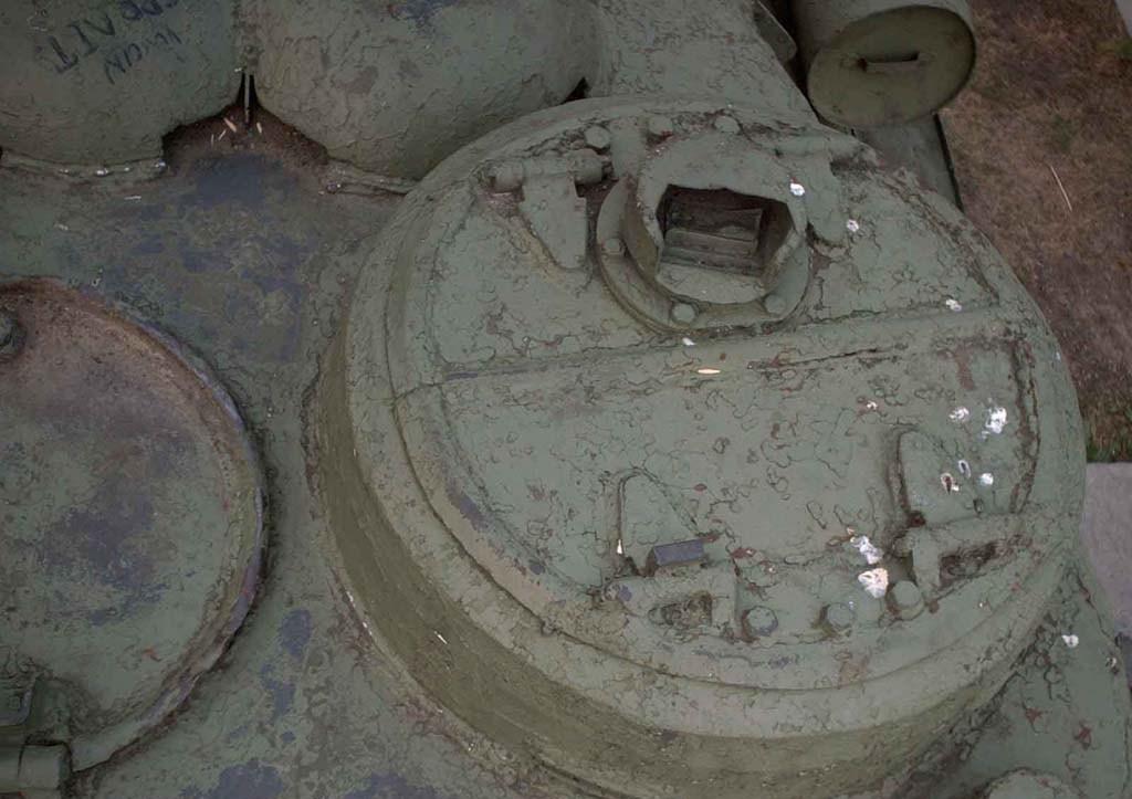 Танк Т-34/85, люк башни