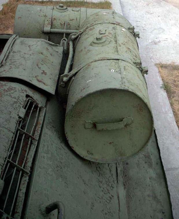 Танк Т-34/85, баки