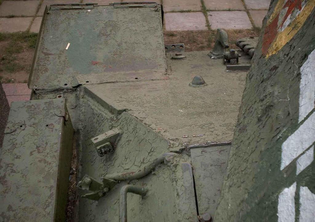 Танк Т-34/85, вид сверху на лобовую броню