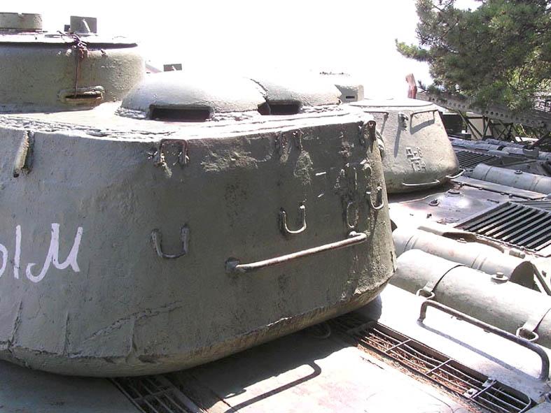 Танк Т-34/85, поручень