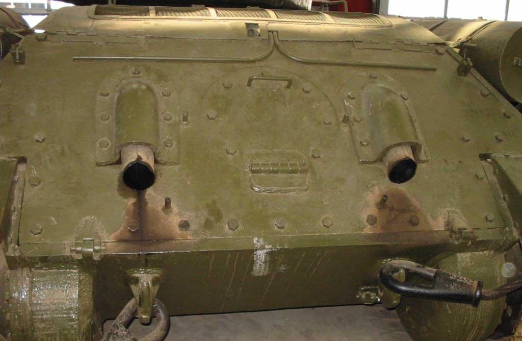 Танк Т-34/85, глушители
