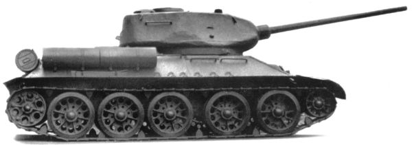 Танк Т-34/85, фото, вид справа