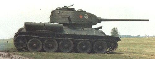 Танк Т-34/85, вид справа