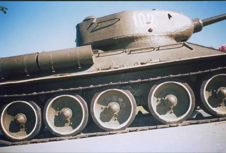 Танк Т-34/85, ходовая часть