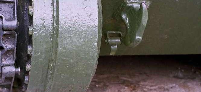 Танк Т-34/85, буксировочный крюк