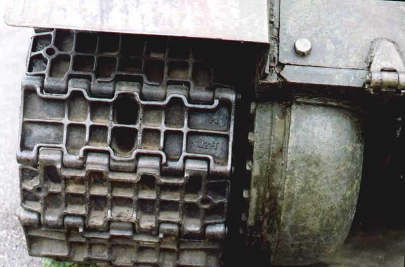 Танк Т-34/85, гусеницы