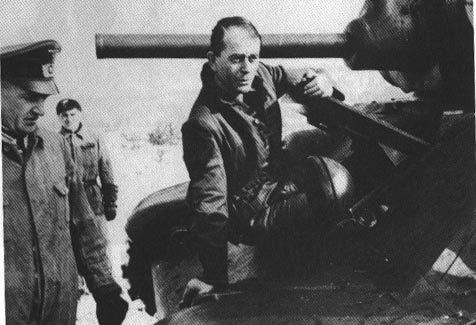 Танк Т-34 механик водитель