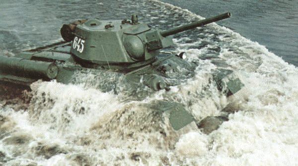 Танк Т-34 форсирование реки