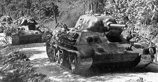 Танк Т-34 колонна
