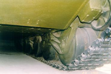 Танк Т-35, днище слева