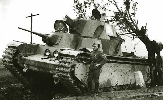 Танк Т-35, преодолевает препятствия