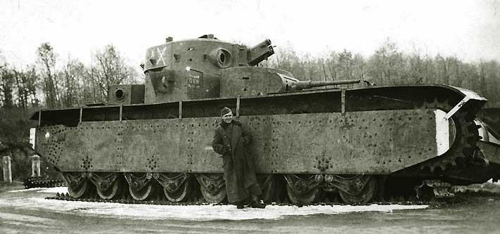 Танк Т-35, старая фотография