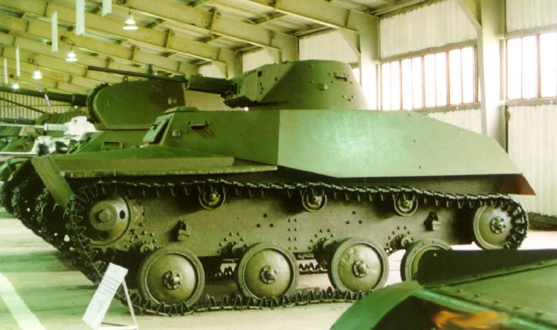 Танк Т-40, вид слева