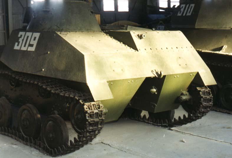 Танк Т-40, вид сзади
