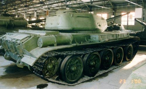 Танк Т-44, колёса